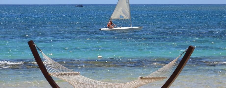 beach-1955371_960_720