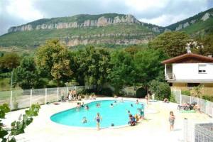 camping-saint-lambert-piscine-2